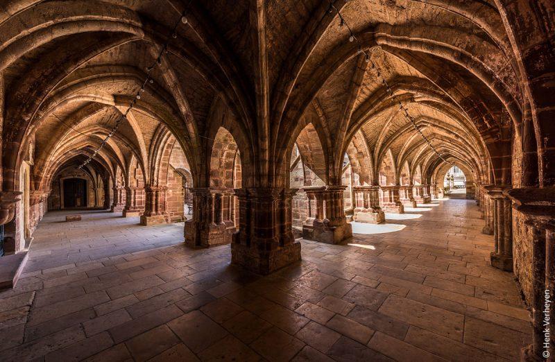 basilique saint pierre luxeuil les bains